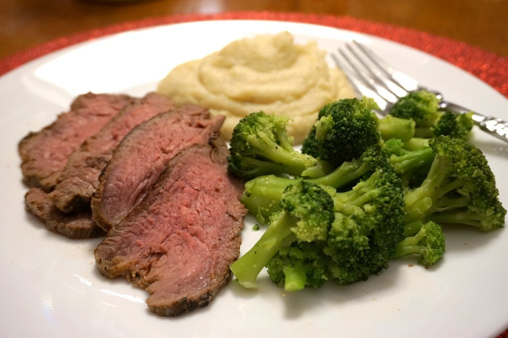 Seared Beef, Garlic Mashed Potatoes, Broccoli Meal from Target